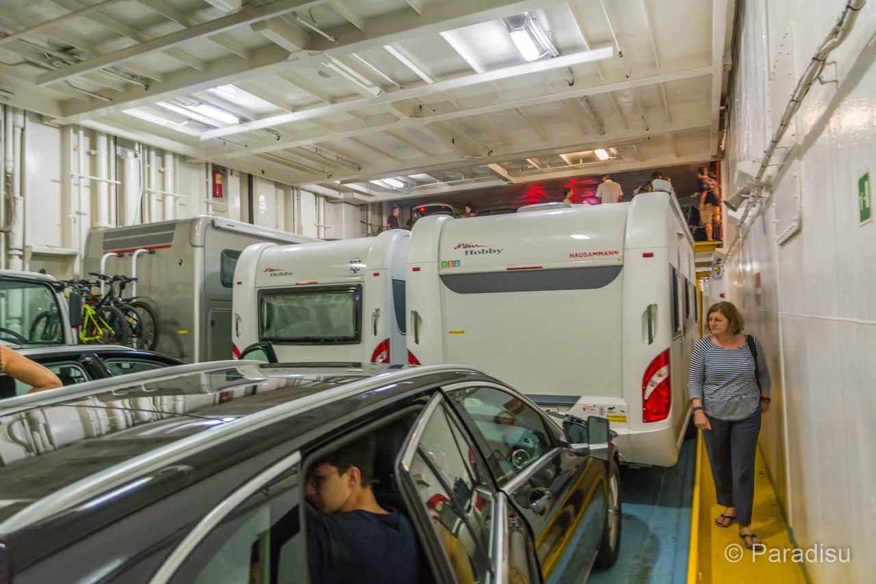 Korsika Fähre Mit Wohnwagen Und Wohnmobil
