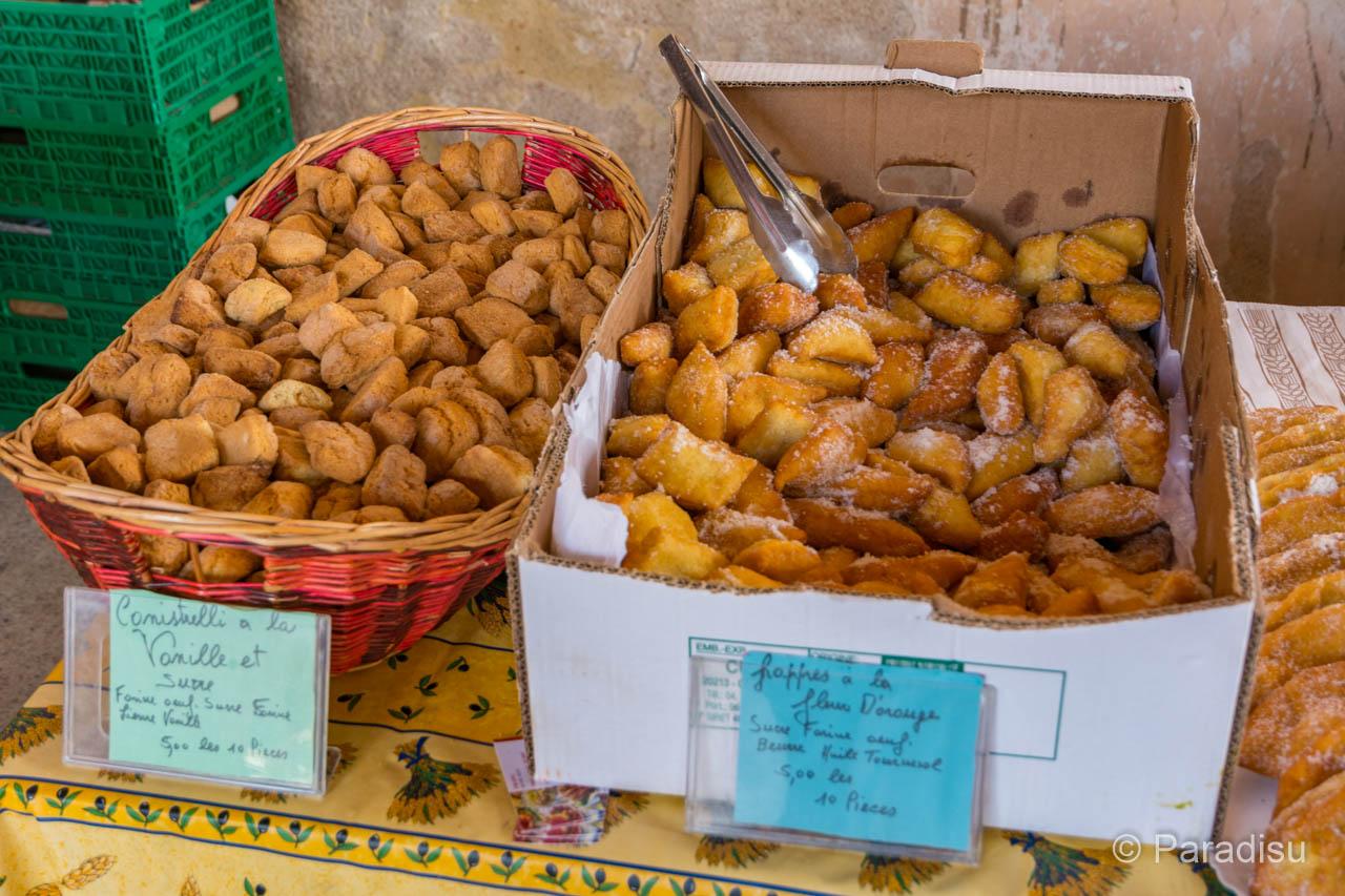 Korsika Markt Canistrelli Frappes