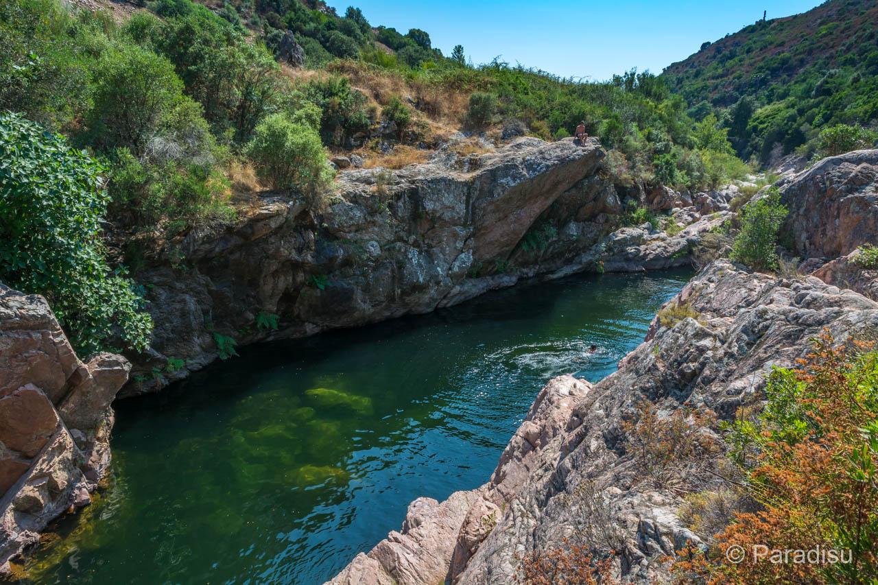 Flussbadestelle Pont De Peri