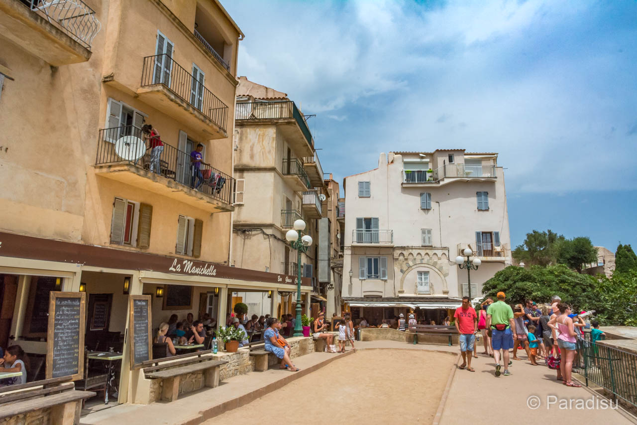 Bonifacio Place du Marché