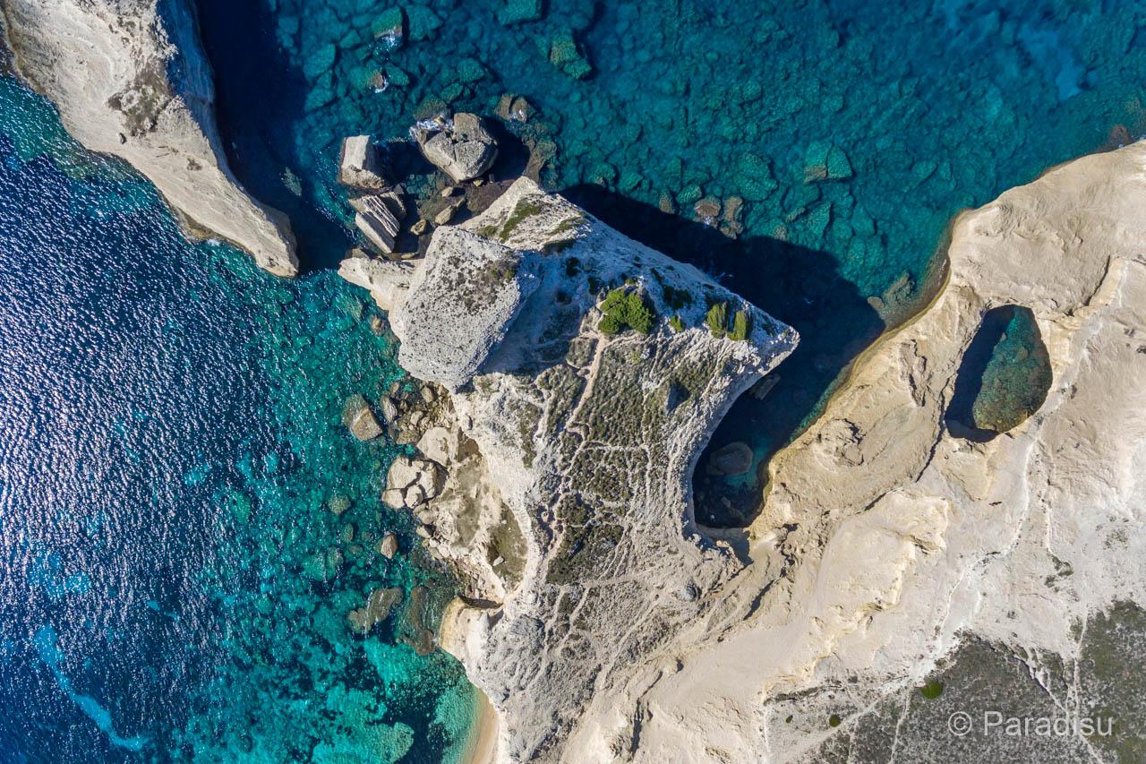 Capo Pertusato Mit Grotte Und Ile Saint-Antoine