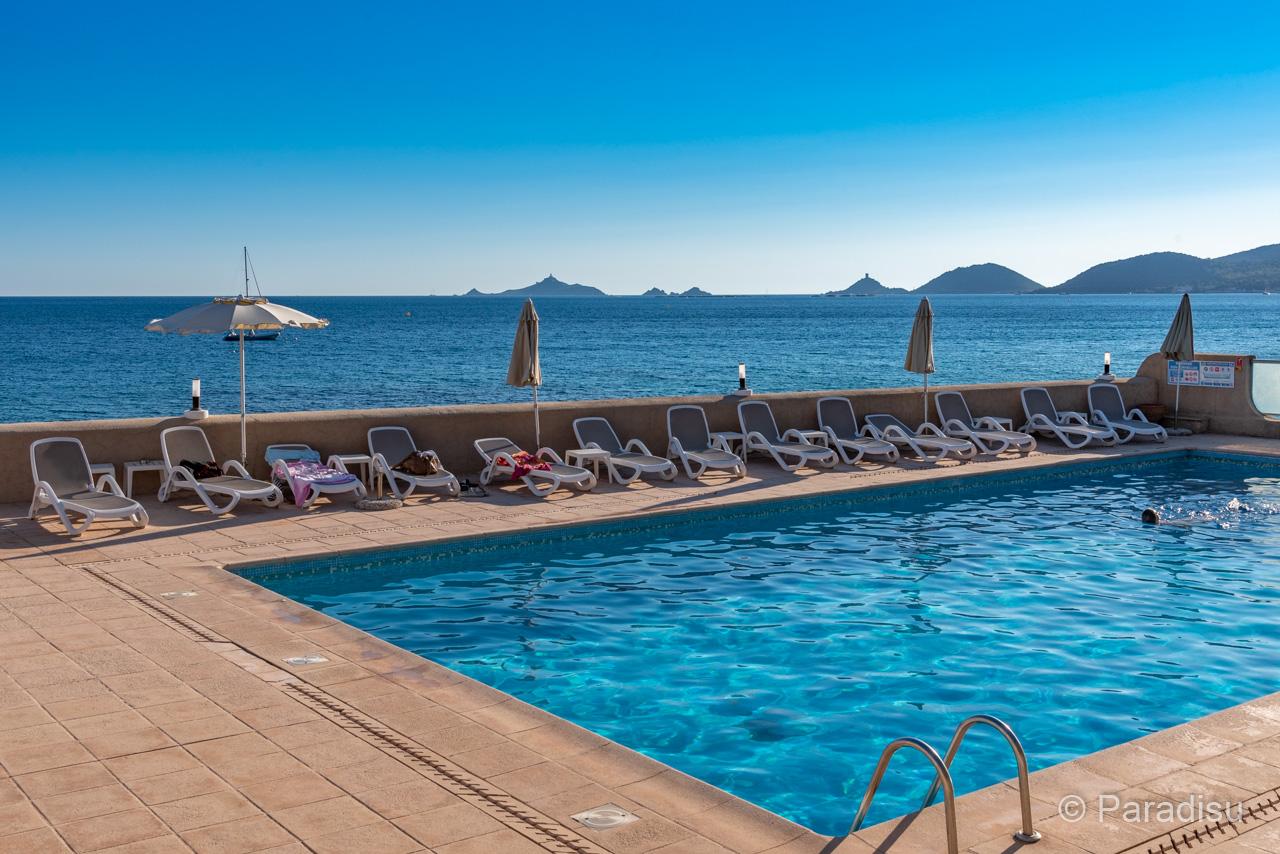 Hôtels en Corse