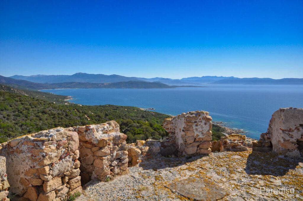 Wanderung zum Genueserturm auf dem Capu Neru