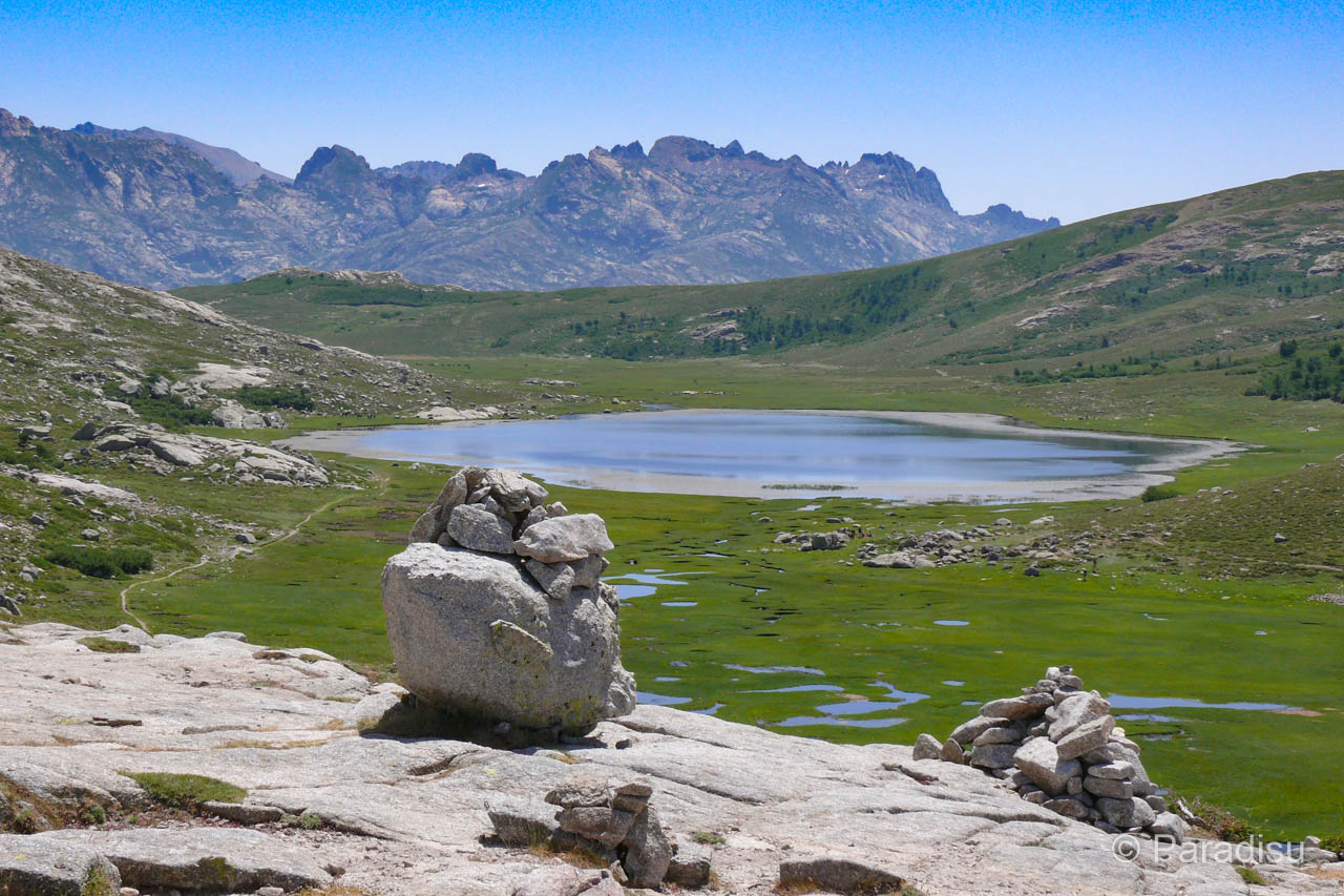 Blick auf den Ninosee von der Bocca a Stazzona