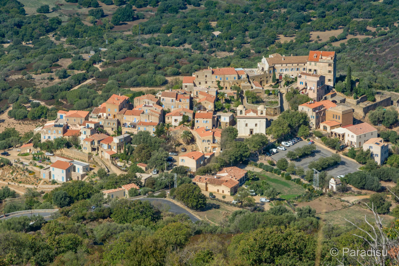 Von Sant'Antonino Zum Couvent De Corbara